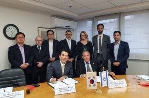 חתימת הסכם בין איגוד תעשיות הציוד הרפואי של דרום קוריאה לאיגוד לשכות המסחר בהובלת קבוצת יונאקו - מומחים לעסקים עם קוריאה